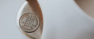 Wedding Traditions, Silver Six Pence in Your Shoe / Photo: Studio Rouge Photography